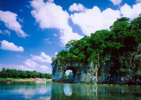 北海到桂林的距离 穿越600公里的旅程